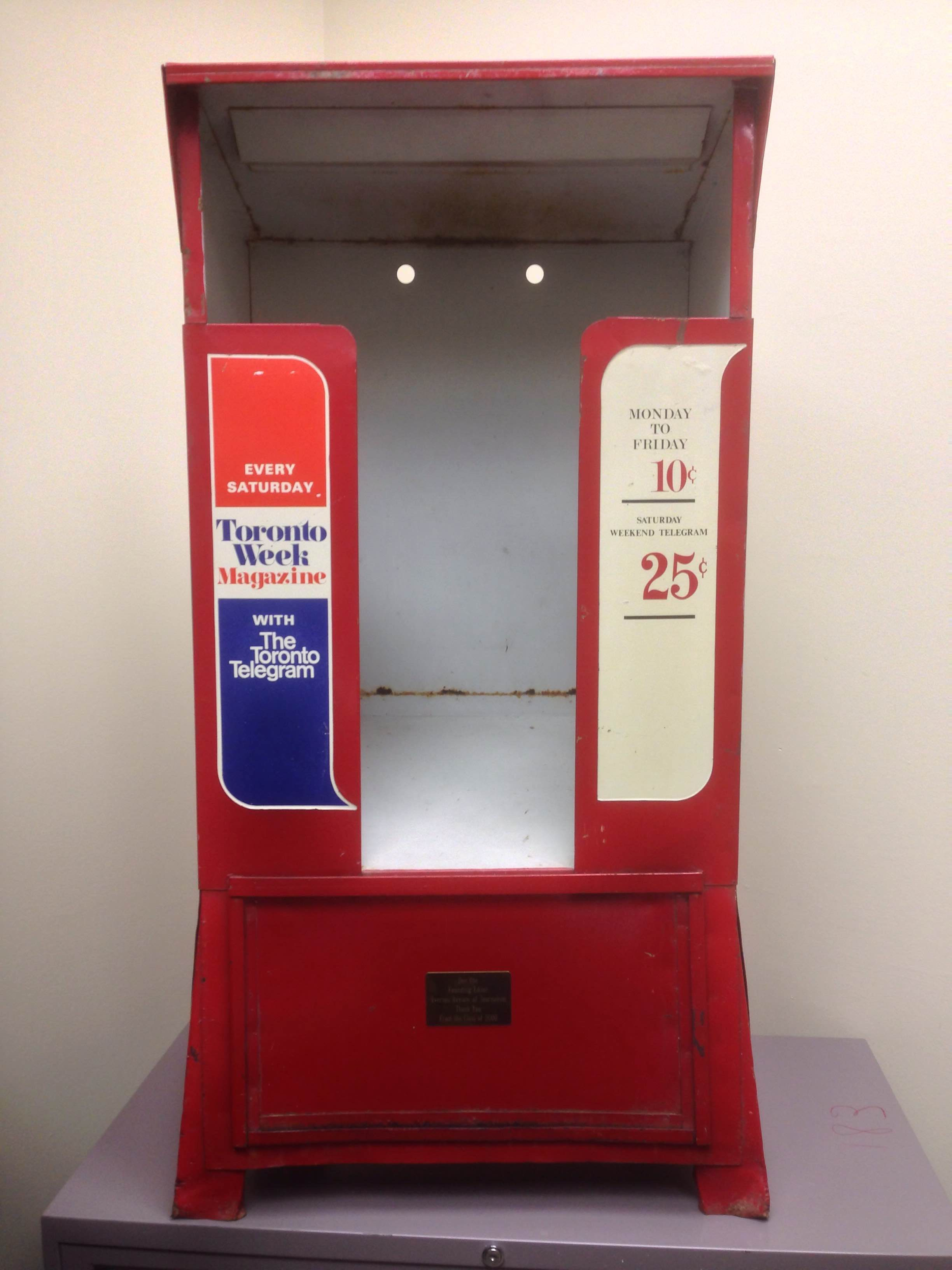 When Don retired from Ryerson in 2000, his School of Journalism colleagues gave him an old Tely newspaper box